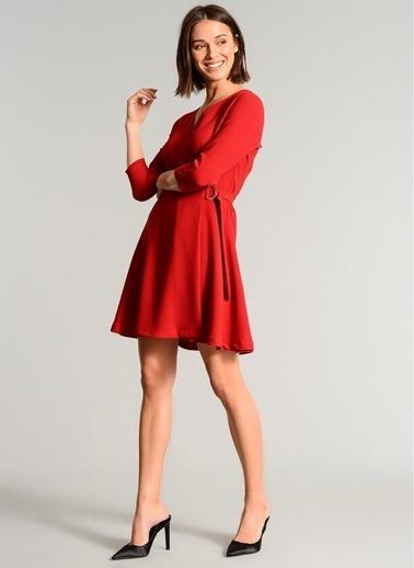 People By Fabrika Kuşakli Kruvaze Elbise Kırmızı